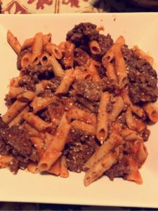 A picture of DeBoles Gluten-Free Rice Penne Pasta.