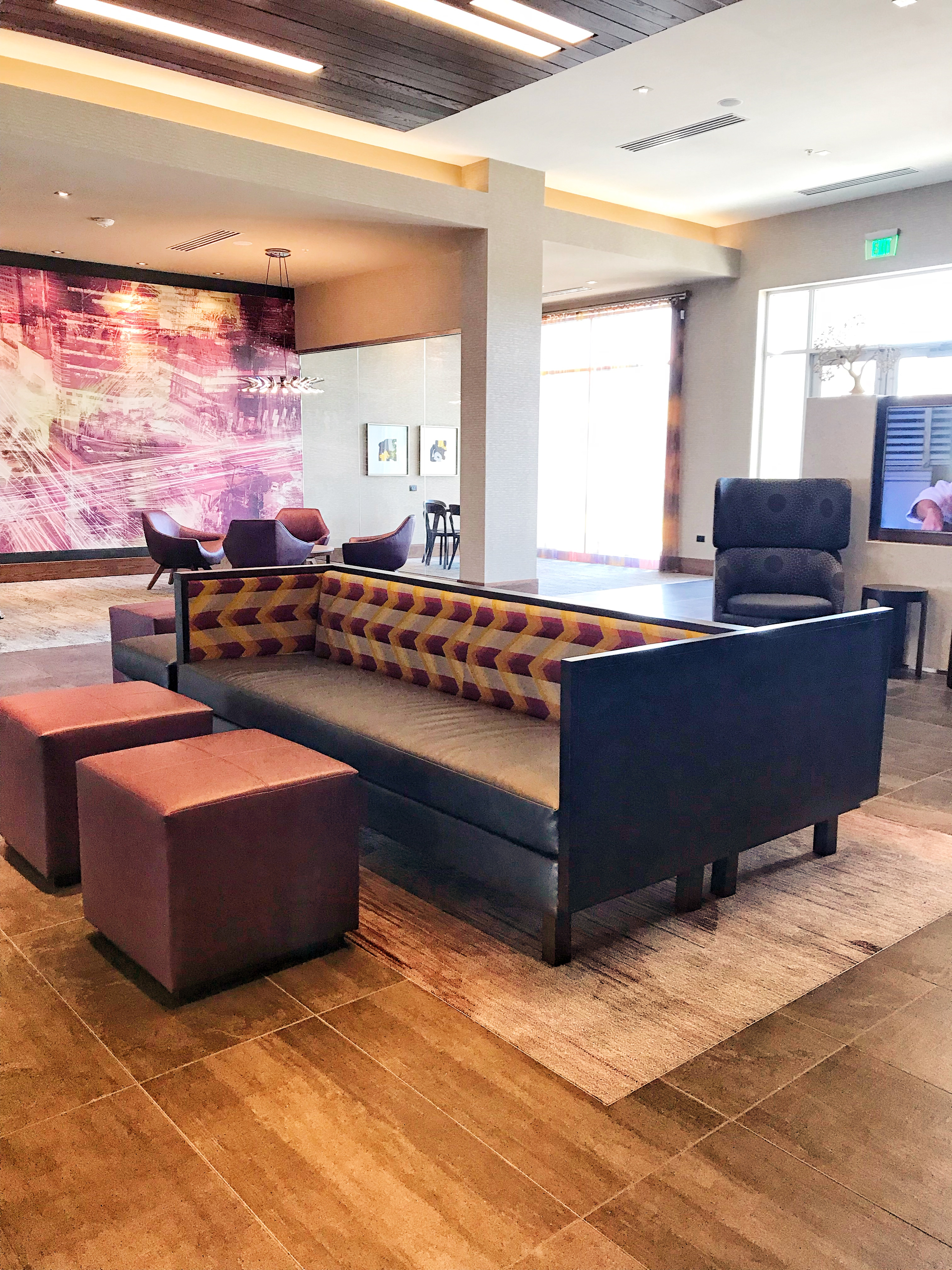 Lobby/seating area at Courtyard by Marriott