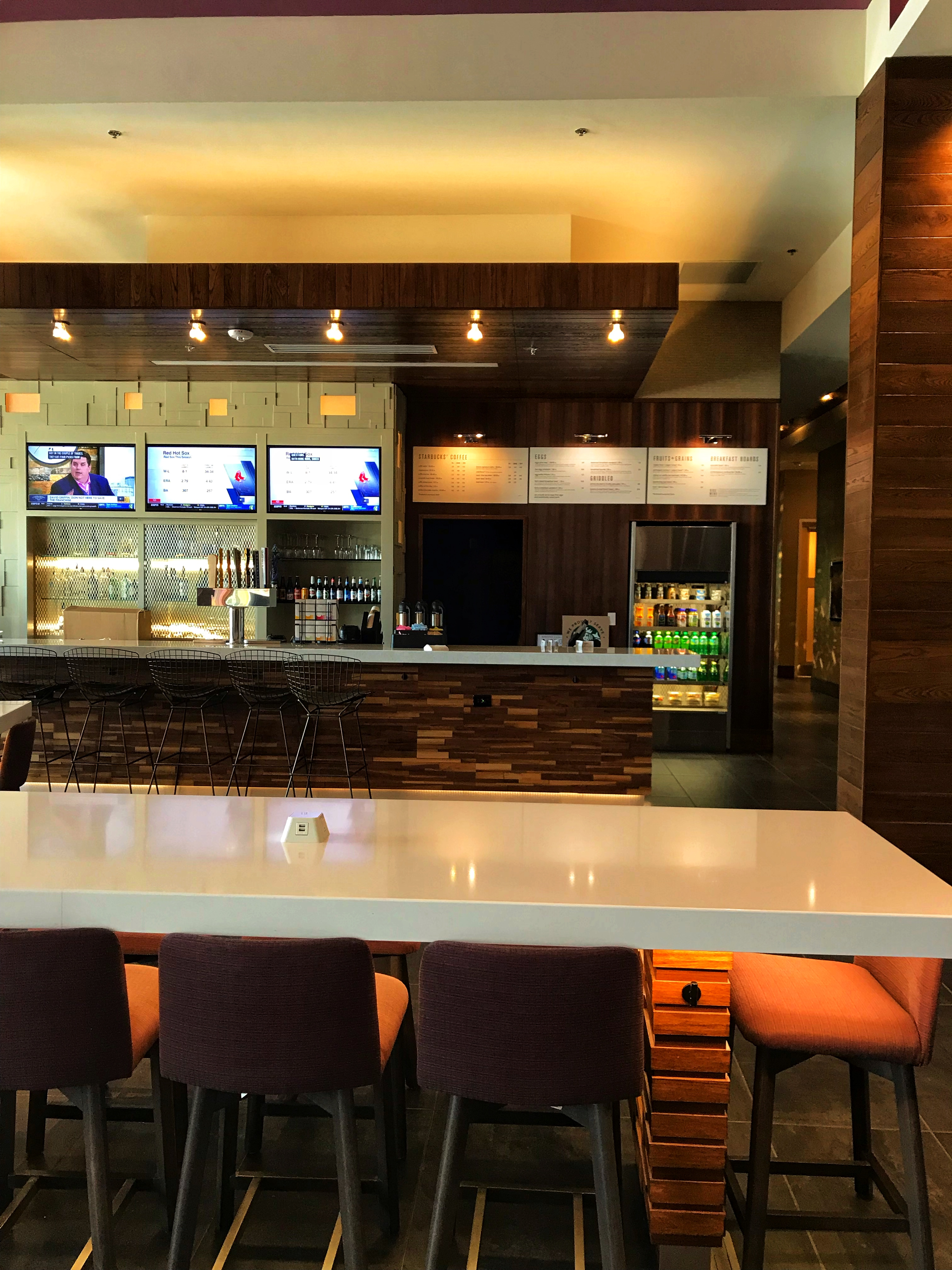 Bistro/bar area at the Courtyard by Marriott